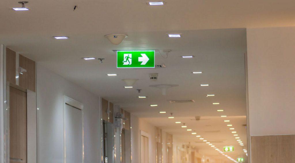Instalação Central Iluminação Emergência Mogi das Cruzes 1
